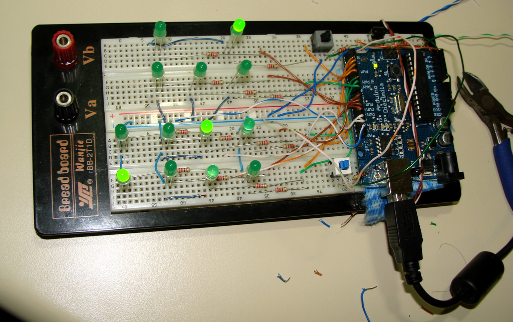 Arduino Digital Clock Version 1 - Arduino Project Hub